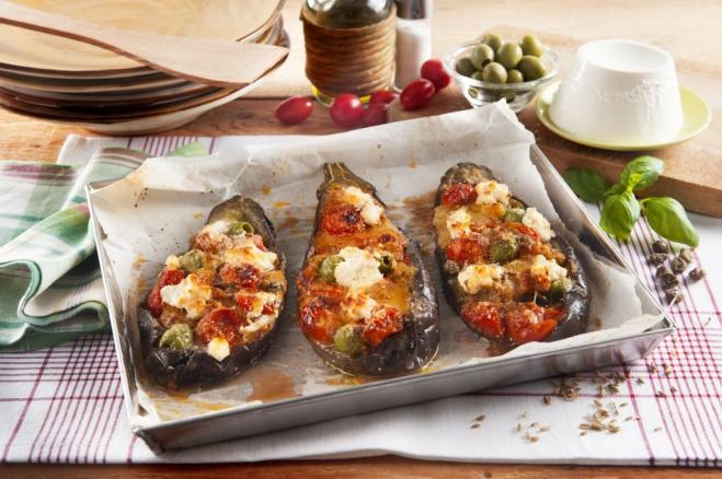Bakłażanowe łódki nadziewane mozzarellą i pomidorami - Galbani