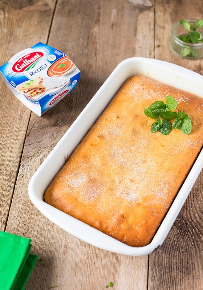 Jogurtowe ciasto z jabłkami i ricottą Galbani - Galbani – od ponad 130 lat dostarczamy najlepsze włoskie smaki na talerze całego świata
