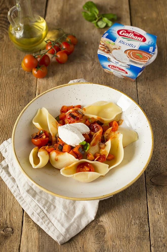 Muszle z wegetariańskim sosem bolońskim - Galbani