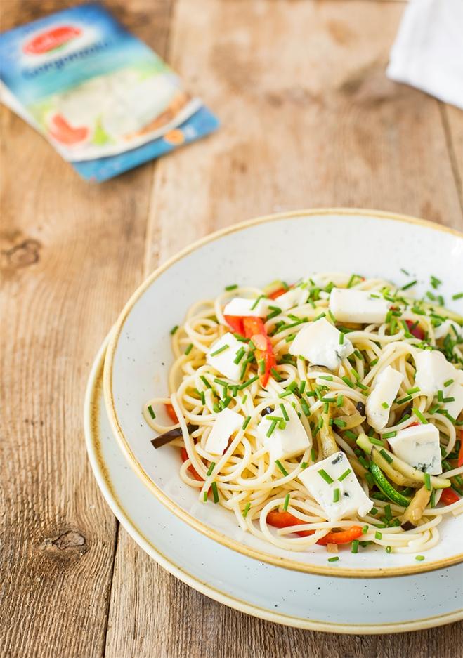 Spaghetti z warzywami i gorgonzolą Galbani - Galbani