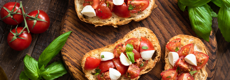 Bruschetta z pomidorami i mozzarellą Galbani - Galbani