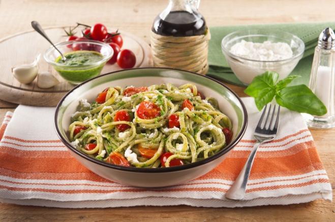 Makaron z pomidorami, bazylią i Ricottą - Galbani