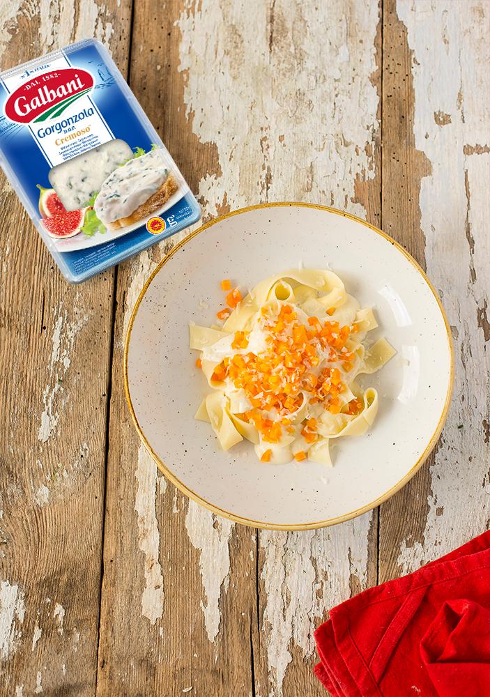 Makaron z dynią i gorgonzolą Galbani - Galbani – od ponad 130 lat dostarczamy najlepsze włoskie smaki na talerze całego świata