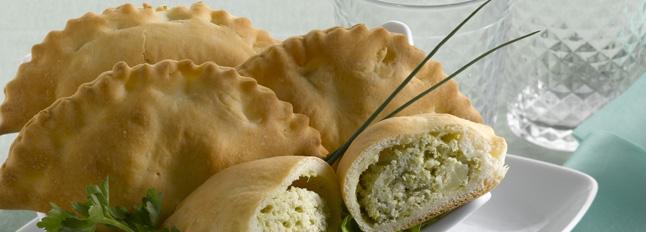 Neapolitański pieróg calzone z nadzieniem z ricotty i brokułów - Galbani
