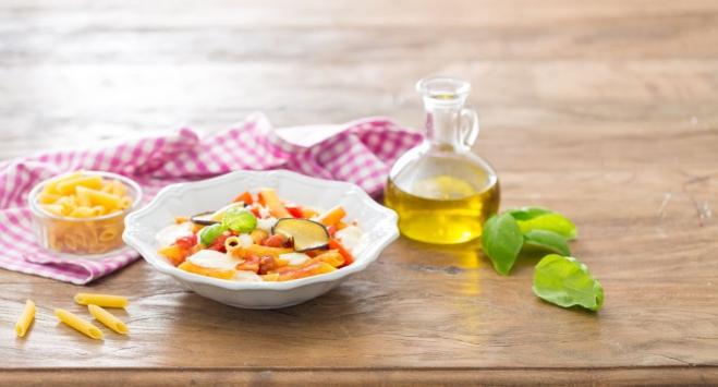Makaron z Mozzarellą, bakłażanem i pomidorami - Galbani