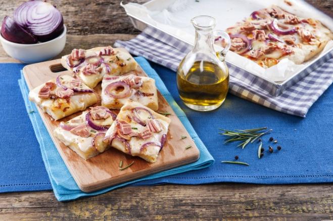 Pizza z czerwoną cebulą i tuńczykiem - Galbani