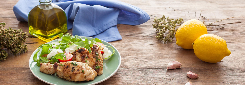 Grillowany kurczak ze świeżą sałatką z mozzarellą - Galbani