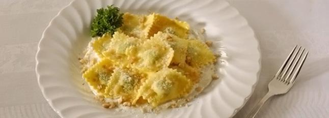Pierożki ravioli z orzechami włoskimi - Galbani