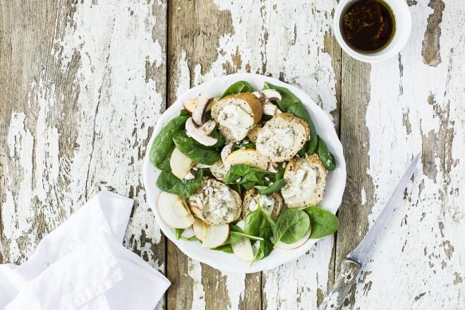Sałatka ze szpinakiem i gorgonzolą Galbani - Galbani